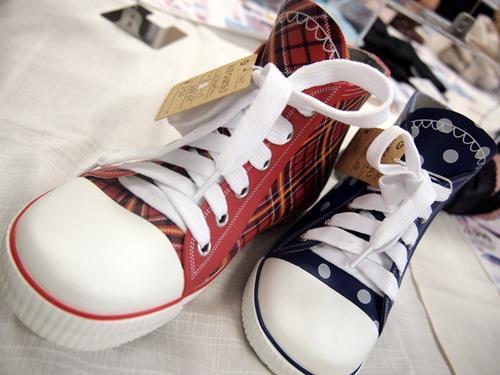 130305rainshoes1.jpg