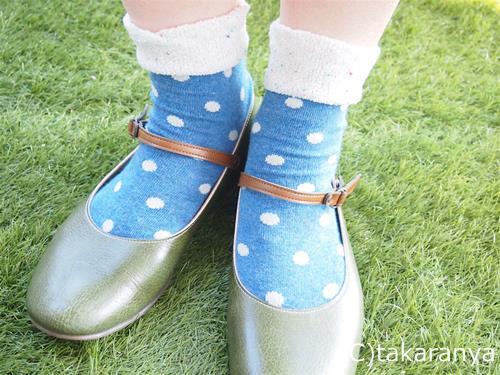 可愛いベルの靴