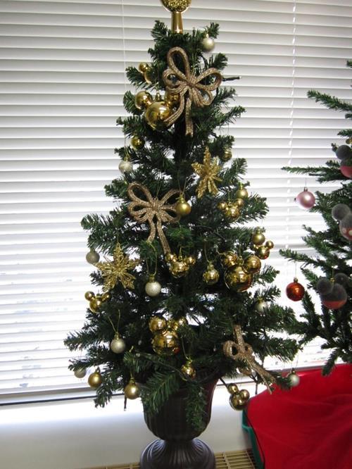 141214disney-tree3.jpg