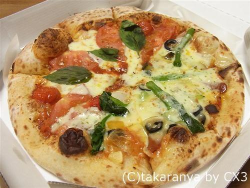 ナポリの釜のピザ:花畑牧場のラクレットのプリマベーラとナポリのマルゲリータ